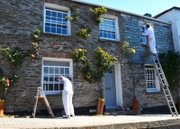 Painting a holiday cottage